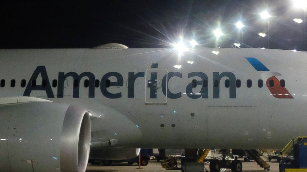 Judge toughens order against American Airlines mechanics