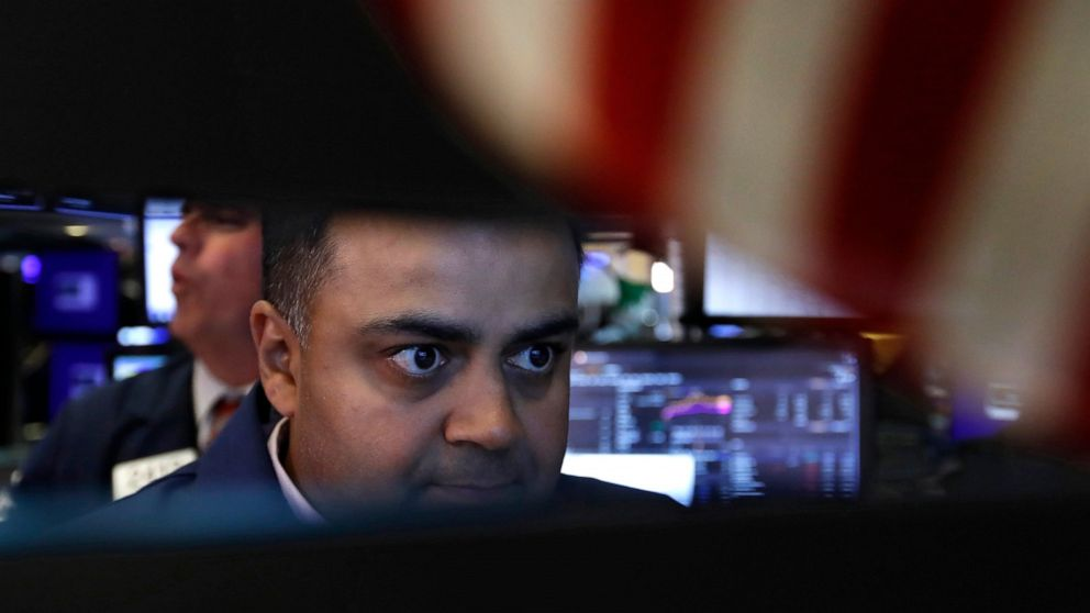 Tech sector leads US stocks higher as Fed signals rate cut