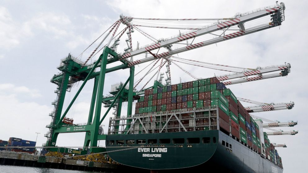 US trade deficit rises to 5-month high of $55.5B in May