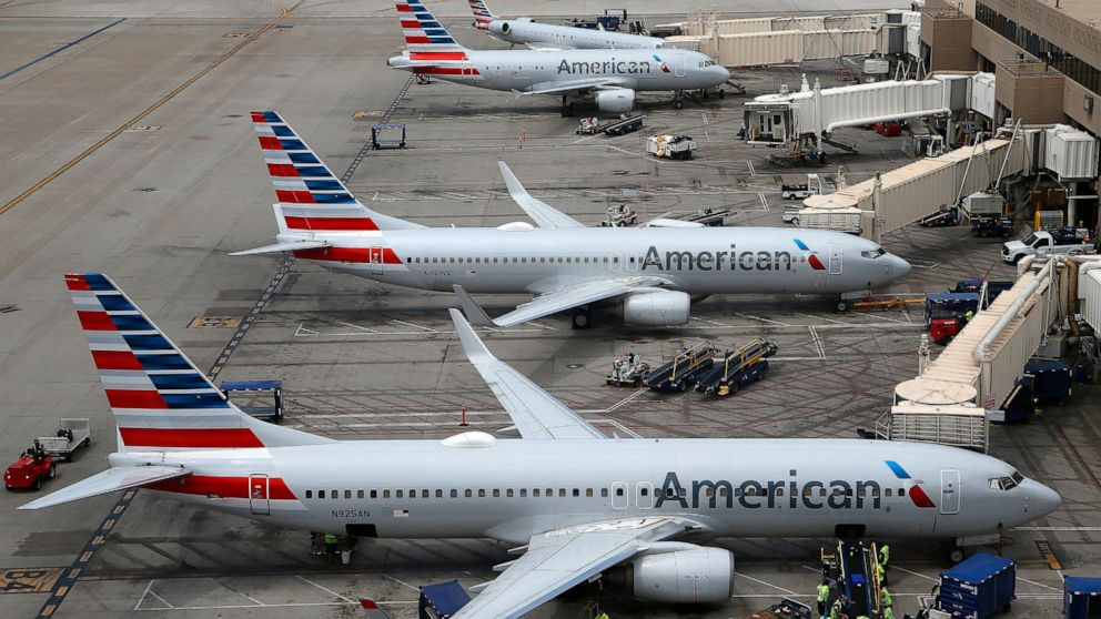 American Airlines seeks flight-cancellation cash from unions
