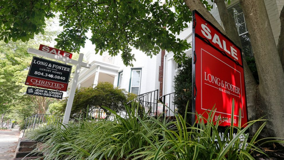 Average 30-year mortgage rates tick up to 3.58%