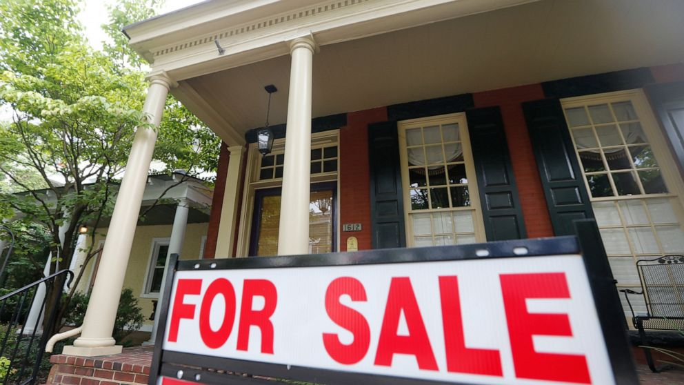 Long-term mortgage rates near historic lows: 30-year 3.55%