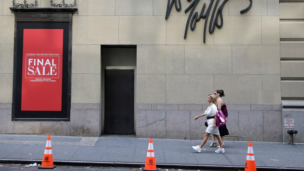 Lord & Taylor sold for $100M to rental clothing company