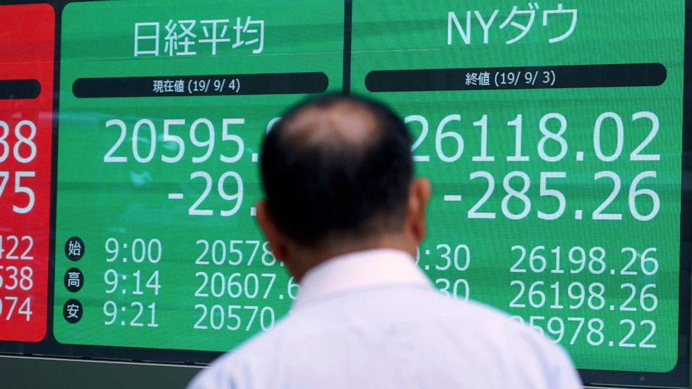 Asian stocks rise after disappointing US data, Brexit drama