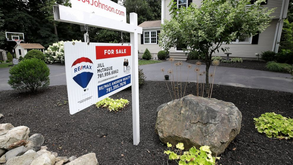 Average 30-year mortgage rate rose to 3.73%