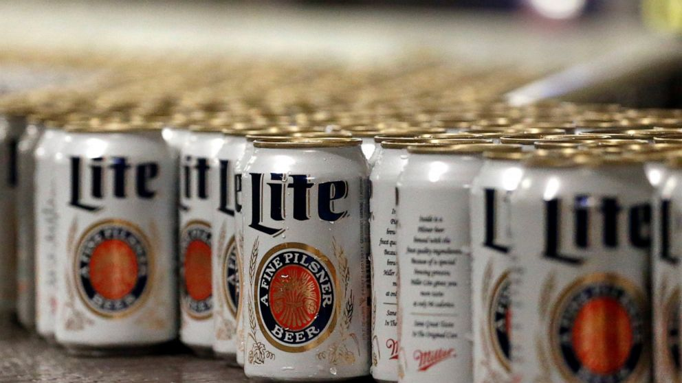Judge orders Anheuser-Busch to halt 'corn syrup' labels