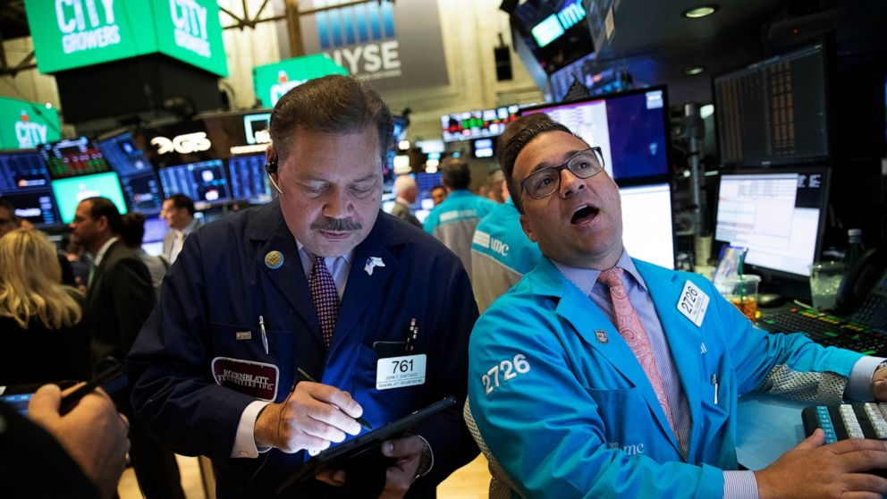 US stocks fall ahead of Fed decision on interest rates