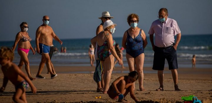Spain takes aim at nightclubs and beaches as virus rebounds