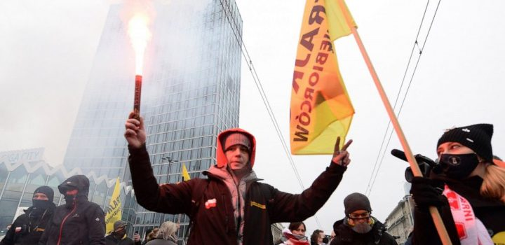 Poles protest on anniversary of communist-era crackdown