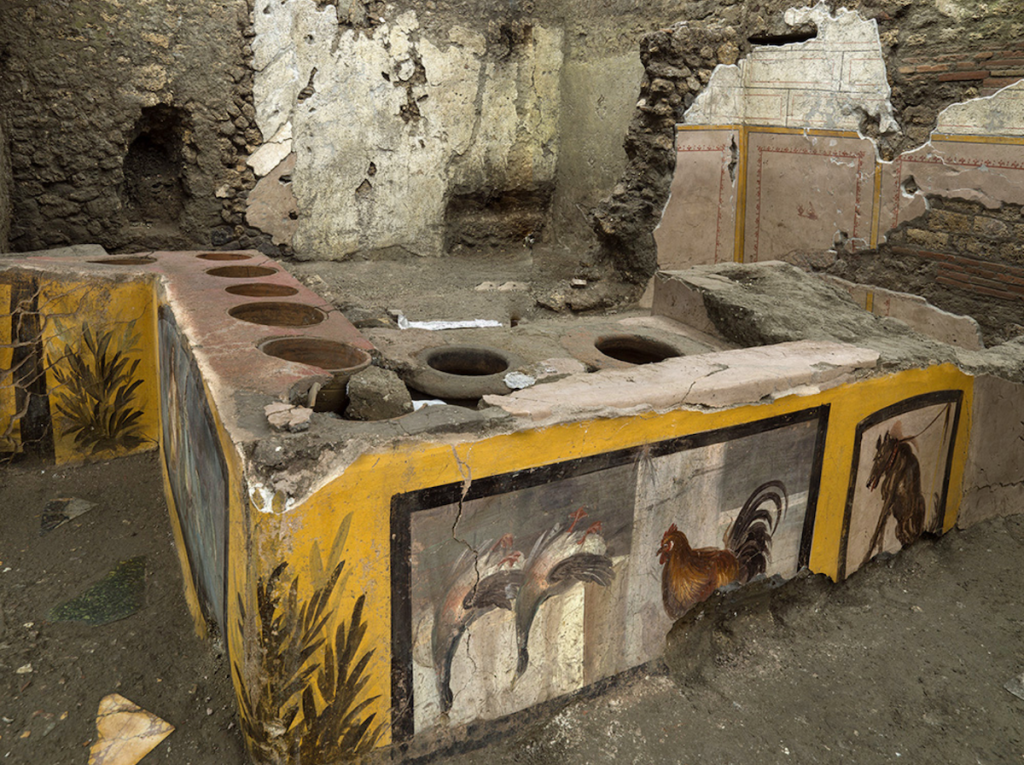 Archaeologists Unearth Ancient Snack Bar in Pompeii Excavation – ARTnews.com