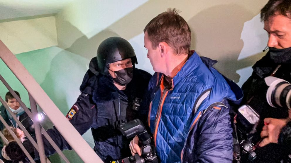Russia detains Navalny's allies, warns social networks