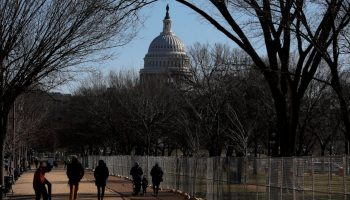 White House begins talks with lawmakers on COVID-19 relief