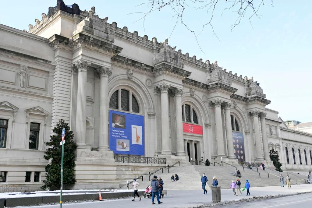 Metropolitan Museum of Art Acquires Mixed-Media Work by Rashid Johnson – ARTnews.com