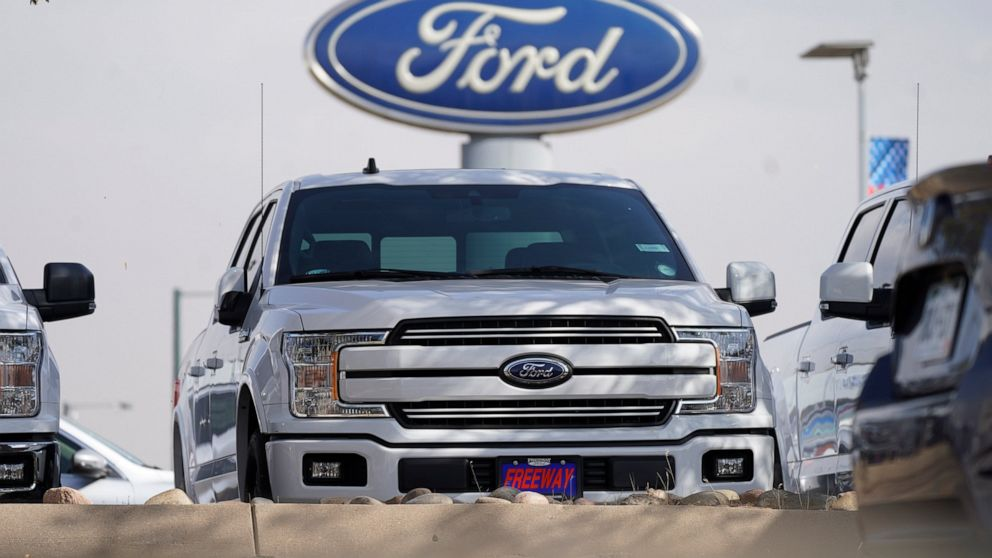 Ford posts surprise $3.26B 1Q profit; chip shortage looms