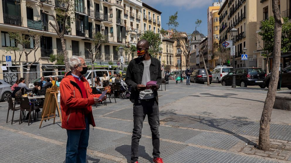 Black candidate challenges political status quo in Spain