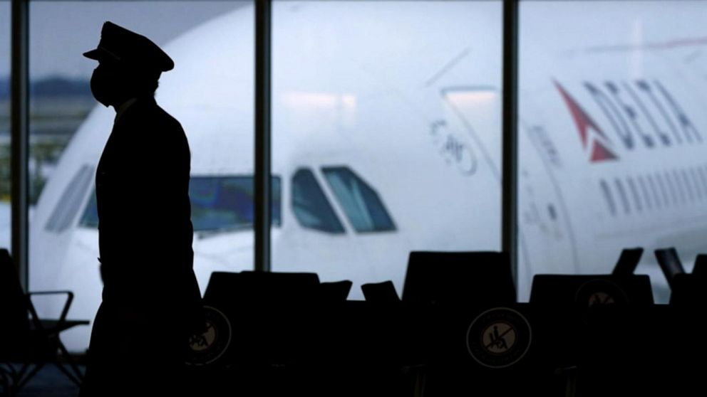 Delta will require new hires to be vaccinated against virus
