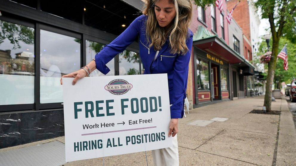 US adds modest 559,000 jobs, a sign of more hiring struggles