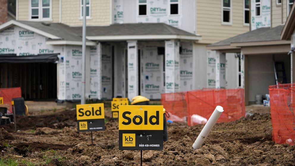 US new home sales drop 5.9% in May, second monthly decline