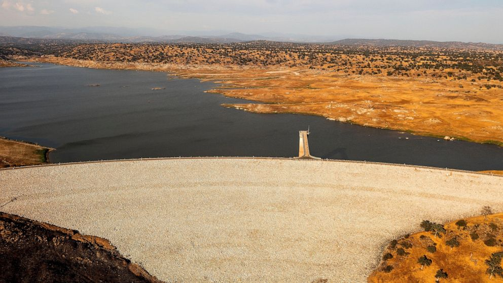 EXPLAINER: Western water projects in infrastructure deal