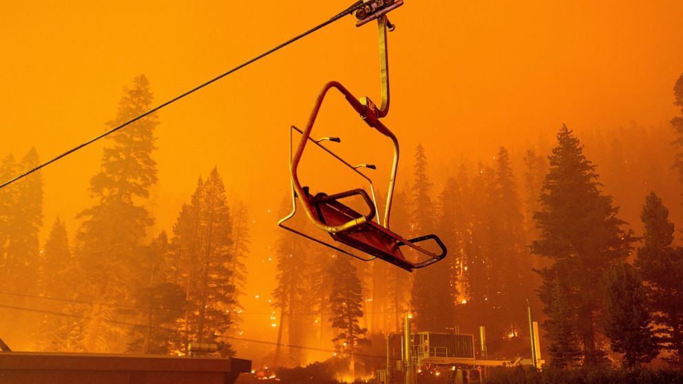 Massive fire threatens Lake Tahoe, more ordered to flee