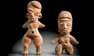 Two clay figures from Tlatilco in